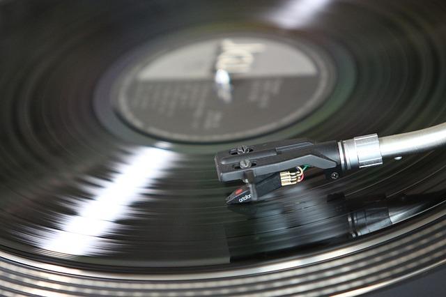 deska v gramofonu